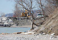 The Toronto and Region Conservation Authority and City of Toronto are doing erosion control work along the bluffs at Galloway and Guildwood. (Selena Mann/Toronto Observer)