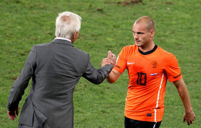 Netherlands advance with 2-1 win over undisciplined Brazil