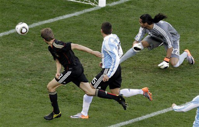 No contest for Germany as they beat Argentina 4-0